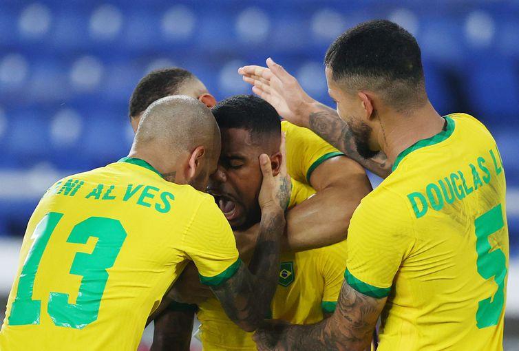 Soccer Football - Men - Gold medal match - Brazil vs Spain - Malcolm, Olympic team - Gold - Tokyo 2020 - Olympics - 2-1 win over Spain