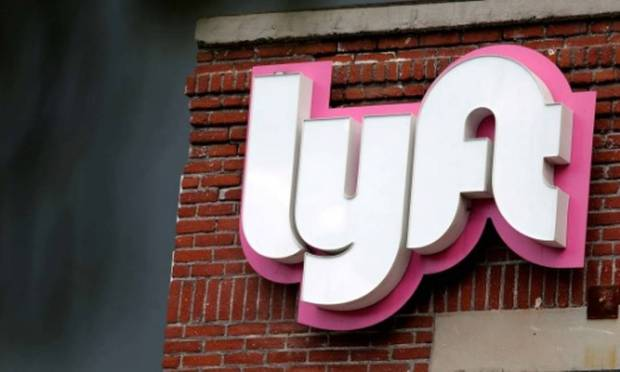 Uber's rival, Lyft, quits face-to-face operations for February 2022, but will only accept immunocompromised people Photo: Reuters