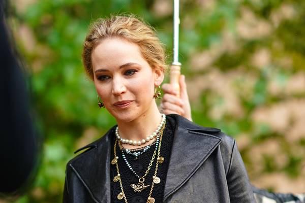 Atries Jennifer Lawrence