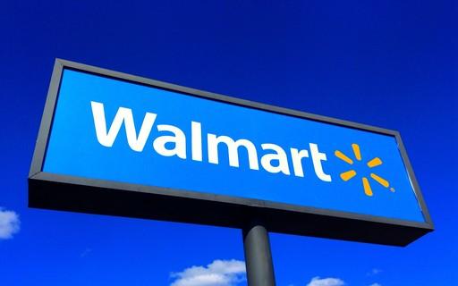 Missing dog meets teacher at Walmart's box - Small Business Big Business