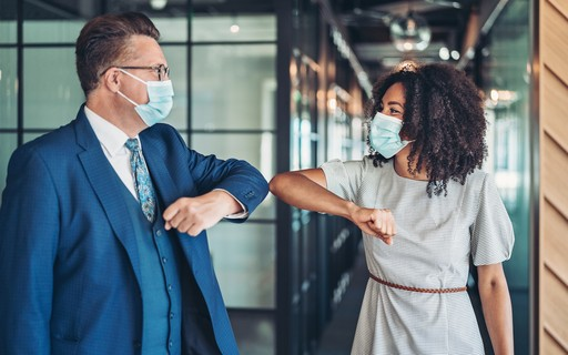 Why we need to learn how to socialize after the pandemic - poca Negócios