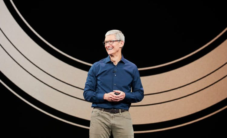 Before Hanging Gloves, Tim Cook Would Like to Launch a New Product Category