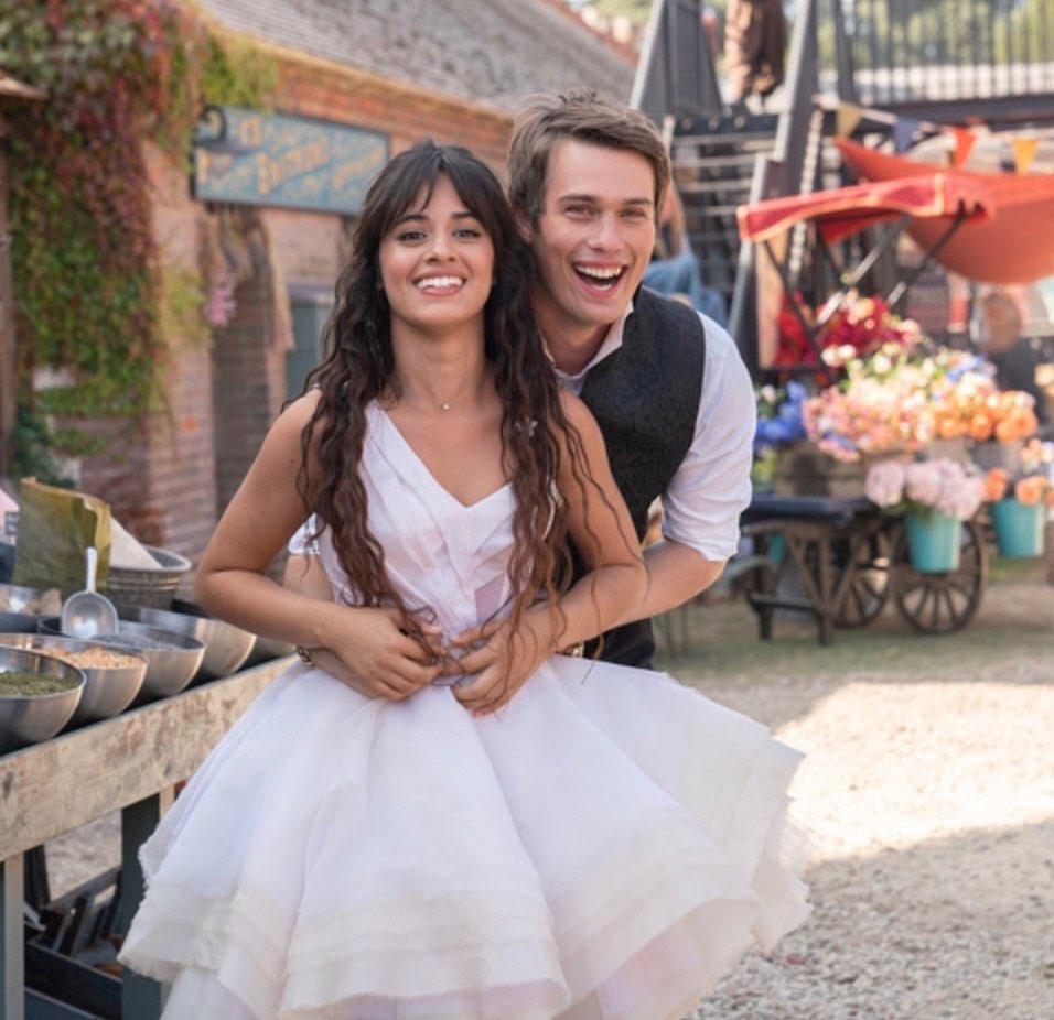 Principe de Cinderella shows off behind the scenes photos with Camila Cabello