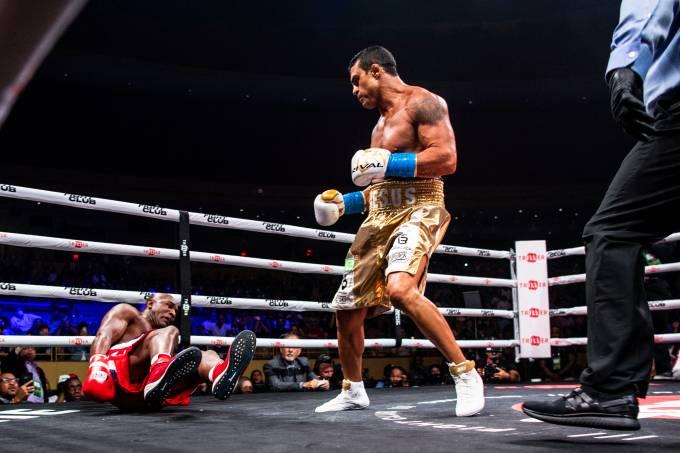 Boxing: Belfort beat Holyfield & Anderson Silva beat Tito Ortizo