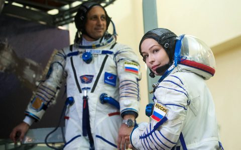 Russians design space mission that will make first film outside Earth - 17/09/2021 - SCIENCE