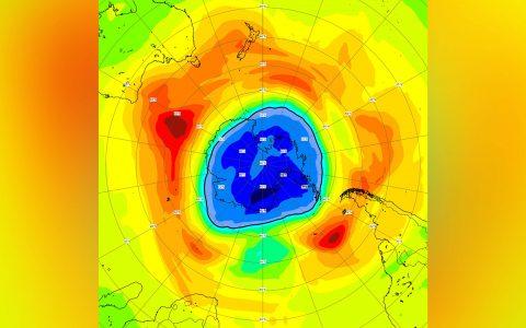 Buraco na camada de ozônio no Polo Sul cresceu além do esperado para o ano e superou o da Antártica