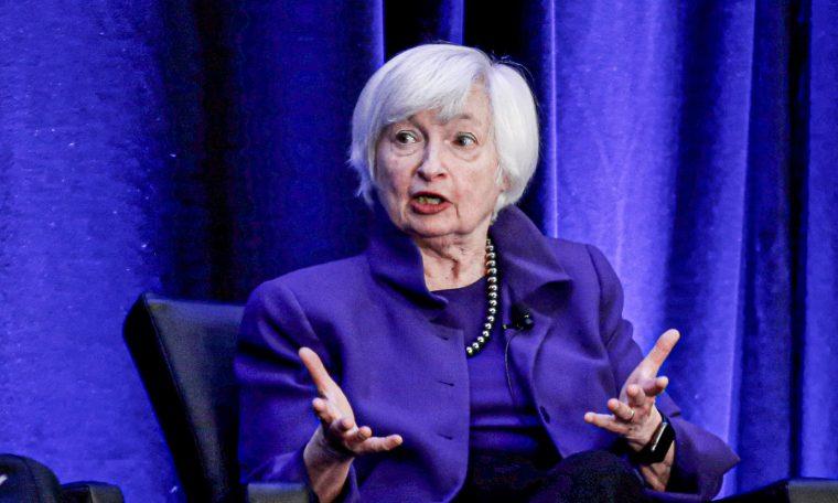 EUA ficará sem fundos em outubro se não elevar teto da dívida, diz Yellen