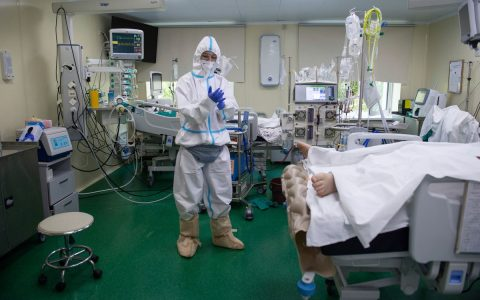 Russia tops daily 1,000 deaths by Covid-19 for the first time  World