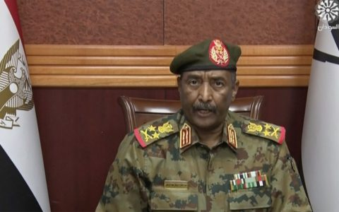 Sudan: Understand the military coup in Africa's third largest country in 5 points.  World