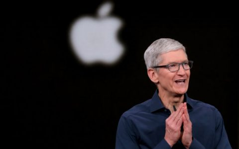 After being disappointed with the new iPhones, Apple on Monday introduced a new generation of MacBooks