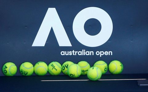 Australian Open hesitates over performance of unvaccinated tennis player