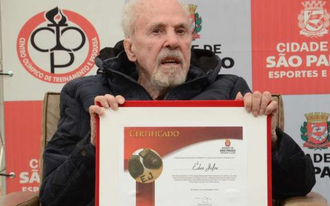 Eder Joffre wins special series of medals from Mint in honor of 3rd World Championship