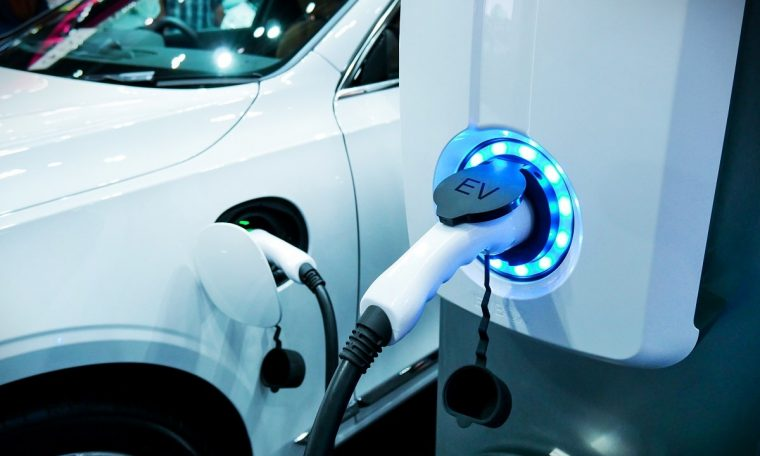 PL wants EV chargers to be disconnected at peak times in the UK