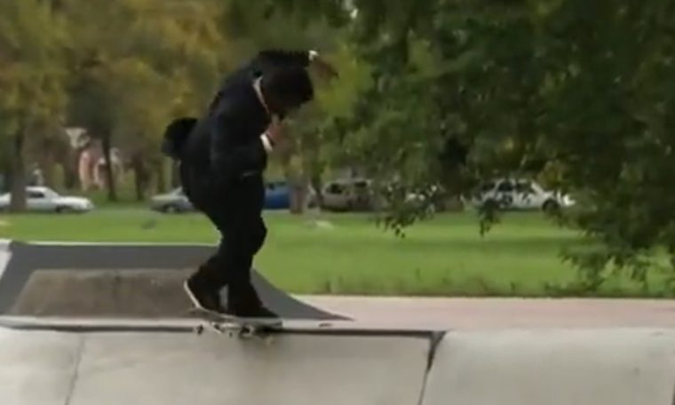"""Reporter """"takes the waves"""" on a skateboard during a live story in the United States"""